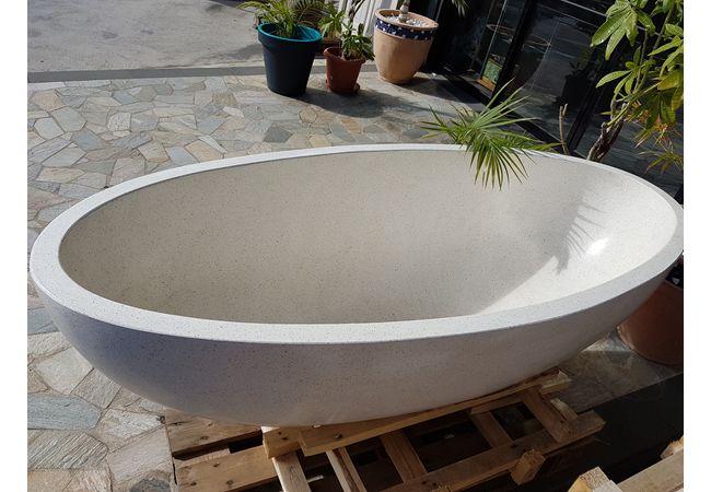 Lapub re promos de concept habitat oi baignoire en for Prix baignoire en pierre