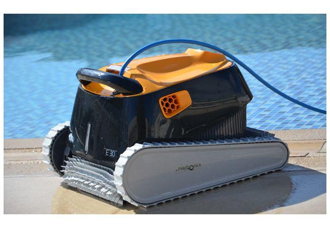 Lapub re promos de piscine jardins promotion sur for Promotion robot piscine